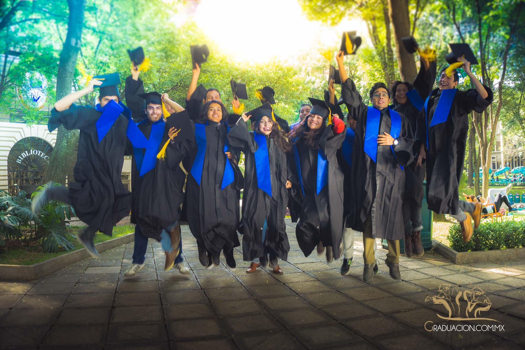 alquiler de togas y birretes paquetes de graduacin togas y