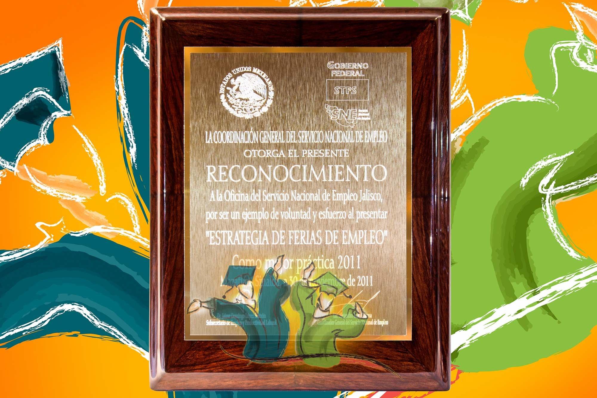 Reconocimientos Empresariales   Graduaciones México www